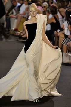 Stephane Rolland Love this!!