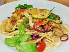 Cantinho Vegetariano: Espaguete com Ratatouille (vegana)