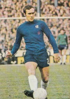 Ron Harris of Chelsea in Chelsea Football, 1970s, Club, Style, Fashion, Moda, Stylus, Fasion, Trendy Fashion