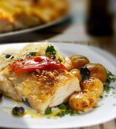 Aprenda a fazer batatas a murro deliciosas: receita e segredos | ncultura Meat, Chicken, Food, Baked Cod, Stewed Potatoes, Carne Asada, Roasts, Kitchen Hacks, Holiday Recipes