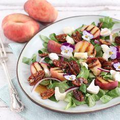Salade met gegrilde Perzik en Geitenkaas
