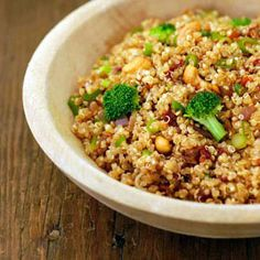 Recipes: Main Courses: Zesty Quinoa With Broccoli and Cashews