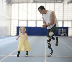 The Bionic Olympian Meets A Little Girl Who Lost Her Hands And Feet