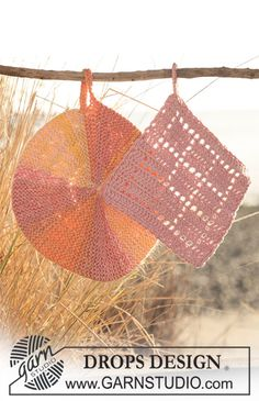 """DROPS pot holders. Round pot holder knitted with turns in """"Muskat Soft"""" and square pot holder crochet in """"Safran"""". ~ DROPS Design"""