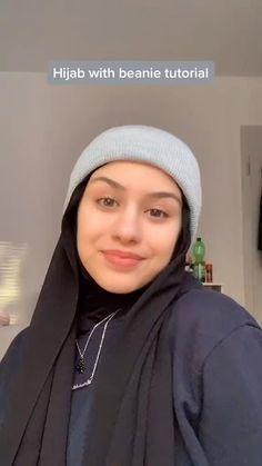 Modern Hijab Fashion, Hijab Fashion Inspiration, Muslim Fashion, Simple Hijab Tutorial, Hijab Style Tutorial, Stylish Hijab, Hijab Chic, Hijab Styles, Hijab Turban Style