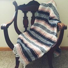 Vintage Mexican Blanket, Serape, Navy Blue, Pink, White, Boho, Home Decor, Bedding, Throw Blanket, Yoga Mat