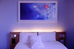 Une suite parentale, c'est le grand luxe ! Seulement, un éclairage adapté à chacune des pièces est nécessaire. Découvrez quel éclairage choisir.