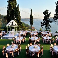 TIPS FOR OUTDOOR WEDDING RECEPTION