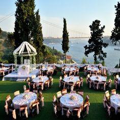TIPS FOR OUTDOOR WEDDING RECEPTION
