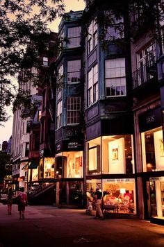 Newbury Street, Boston [by Sunset Noir] San Diego, San Francisco, Wonderful Places, Beautiful Places, San Myshuno, Nova Orleans, Newbury Street, In Boston, Boston Strong