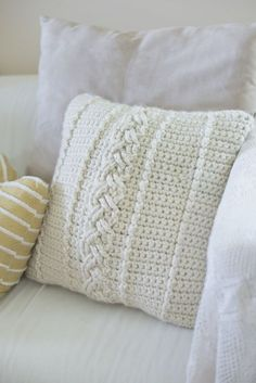I think you'll really like this week's free farmhouse crochet pattern... It's comfy and chunky.. and cable-y (haha). Oh and it cost me about 9 bucks to make! Gasp!