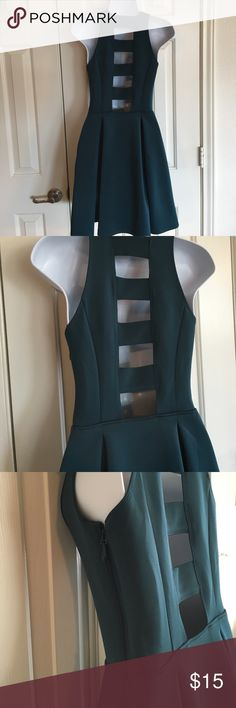A&F Ladderback Dress Sz S Abercrombie & Fitch Dress, Size S, side zip, Super flattering princess seaming, box pleat waist. 92 % poly 8 % elastin So has a bit of give Not heavy like scuba material!  Does have a couple of small picks as shown hence the $, Jewel tone Teal green, measuring from arm put to hem approx 15 inches Abercrombie & Fitch Dresses