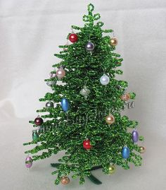 Елочка из бисера - фото Puzzle Crafts, Beaded Flowers, Christmas Wreaths, Beads, Holiday Decor, Wire, French, Holidays, Xmas