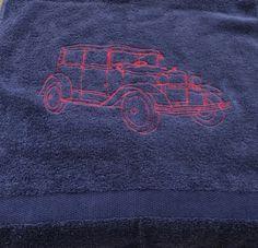 Een oldtimer op een handdoek geborduurd. Overgetrokken van een aangeleverde foto. Sweatshirts, Sweaters, Fashion, Moda, Fashion Styles, Trainers, Sweater, Sweatshirt, Fashion Illustrations