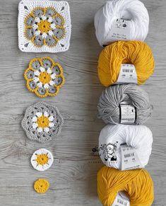 Crochet Coaster Pattern, Crochet Square Patterns, Crochet Motif, Crochet Designs, Crochet Doilies, Crochet Yarn, Knitting Yarn, Crochet Flowers, Crochet Furniture