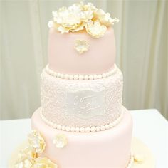 Gemma & Jordan's Wedding - Beautiful Wedding Cake