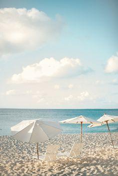 No Passport Needed For These 5 U. Honeymoons - US honeymoon ideas: Photography: Braedon Photography – braedonphotograph… - Us Honeymoon Ideas, Honeymoon Destinations, Romantic Honeymoon, Romantic Travel, Romantic Vacations, Beach Aesthetic, Summer Aesthetic, Blonde Aesthetic, Summer Vibes