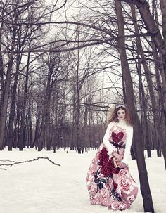 Modeconnect.com - Lindsey Wixson Models Winter Fashions for Emma Summerton and styled by Giovanna Battagalia in Vogue Japan