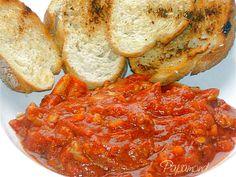 Pepite de pui inecate in sos aromat, cu paine prajita  9