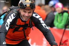 Die Freude ist groß, wenn man die Ziellinie erreicht. Marathon, Motorcycle Jacket, Bike, Jackets, Fashion, Joy, Bicycle Kick, Down Jackets, Moda