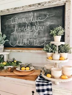 49 Awesome Natural Farmhouse Dining Room Decor Ideas - Tuscan décor is inspired by relationships between people, nature, time and color. In the dining room, Tuscan décor brings about the essence of family . Lemon Kitchen Decor, Kitchen Ideas, Kitchen Bars, Summer Kitchen, Country Farmhouse Decor, Country Kitchen, Modern Farmhouse, Farmhouse Style, Small Dining
