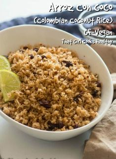Hailing from the Caribbean coastline this Arroz Con Coco aka Colombian coconut rice makes the perfect appetizer or side dish Dairy Free Recipes, Vegan Recipes, Vegan Meals, Colombian Coconut Rice Recipe, Healthy Meals For Kids, Healthy Cooking, Colombian Food, Colombian Recipes, Easy Desserts