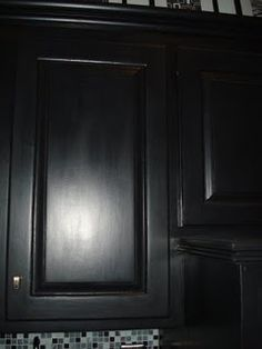 black painted cabinets - dying to do this
