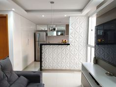 Lar doce lar ❤️ . . . . #meumrv #ape #decor #home #apepequeno #decorando #portasespelhadas  #cozinhaamericana #cozinhaplanejada…
