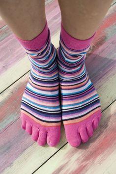 Bonnie Doon Funny Stripe Socks #teensokken # toe socks#bonnie doon#beenmodeonline. Nieuw binnen! Toe Socks, Cute Outfits, Stripes, Fancy, Clothes, Shoes, Fashion, Pretty Outfits, Outfits