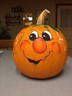 painted pumpkins Painted by Paulette Pumpkin Face Paint, Pumpkin Art, Pumpkin Crafts, Fall Crafts, Pumpkin Painting, Painted Pumpkin Faces, Pumpkin Ideas, Moldes Halloween, Adornos Halloween