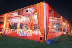 10 Awesome Wedding Decorators To Fit In Every Budge Diy Wedding Gazebo, Outdoor Tent Wedding, Outdoor Indian Wedding, Desi Wedding Decor, Diy Wedding Backdrop, Wedding Decorations On A Budget, Wedding Mandap, Wedding Entrance, Wedding Canopy