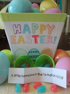 My pin: Easter Pregnancy Announcement. How we told our family on Easter that baby was coming! Pink and blue jelly beans with a little note inside an egg. Easter Pregnancy Announcement, Baby Announcement To Husband, New Baby Announcements, Sleeping Baby Quotes, Blue Jelly Beans, 2nd Baby, Baby Baby, Baby Shower Winter, Baby Girl Blankets