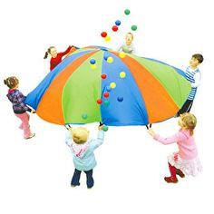 De parachute is een ideaal om kinderen spelenderwijs te leren samenwerken. De afmeting van de parachute is 305 cm en heeft 12 handvatten.
