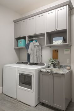Check this website resource. Read more about laundry room diy shelves. Click the link to find out more. Mudroom Laundry Room, Modern Laundry Rooms, Laundry Room Layouts, Laundry Room Shelves, Laundry Room Remodel, Laundry Decor, Laundry Room Bathroom, Farmhouse Laundry Room, Laundry Room Design