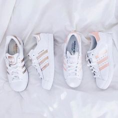 ADIDAS Women's Shoes - Adidas Women Shoes - ❝je taime❞ - We reveal the news in sneakers for spring summer 2017 - Find deals and best selling products for adidas Shoes for Women Trendy Shoes, Cute Shoes, Me Too Shoes, Casual Shoes, Adidas Shoes Women, Nike Women, Adidas Sneakers, Adidas Outfit, Adidas Boots