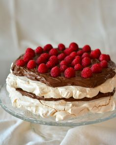 Meringue Pavlova, Sweets Recipes, Desserts, Sweet Cakes, Tiramisu, Food And Drink, Homemade, Ale, Cooking