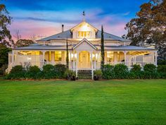 Houses for Sale in Toowoomba City and Suburbs, QLD Australian Architecture, Australian Homes, Beautiful Architecture, Hamptons Style Homes, Colonial Style Homes, House Outside Design, House Design, Country Farmhouse Exterior, Queenslander House
