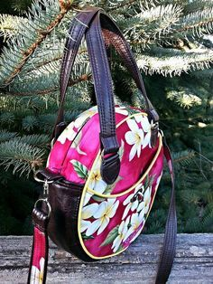 Roundabout Bag PDF Sewing pattern by PrintOrPlain on Etsy