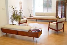 Mid century Living area Office funiture, futuristically well-known, often times uncomplicated and commonly sudden, mid one hundred furniture makes an explicit pattern. Mid Century Modern Decor, Mid Century Modern Furniture, Mid Century Design, Retro Furniture, Furniture Design, Danish Furniture, Farmhouse Furniture, Ikea Furniture, Unique Furniture