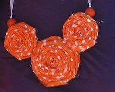 Fabric Rosette Necklace - LaForce Be With You Burlap Rosettes, Fabric Rosette, Fabric Flowers, Disney Diy, Disney Crafts, Disney Ideas, Disney Mickey, Mickey Mouse, Cute Necklace