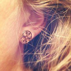 Tory Burch earrings. want.