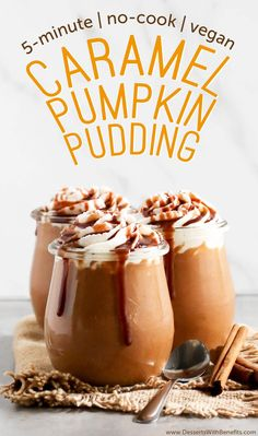 This 5-minute Healthy Caramel Pumpkin Pudding is sweet, creamy and packed full of pumpkin and caramel flavor. Best of all, it doesn't require any cooking, is refined sugar free, low fat, eggless, gluten free, and vegan too! Dessert Sans Gluten, Gluten Free Desserts, Vegan Desserts, Dessert Recipes, Cheesecakes, Tortillas Veganas, Tolle Desserts, Desserts Sains, Pumpkin Pudding