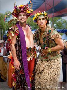 Midsummers Night I Szent Iván éj : Oberon and Puck Renaissance Festival Costumes, Renaissance Clothing, Male Fairy, Fantasy Costumes, Fairy Costumes, Festivals Around The World, Theatre Costumes, Midsummer Nights Dream, Fairy Dress