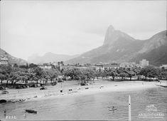 Praia de Botafogo - Augusto Malta                                                                                                                                                                                 Mais