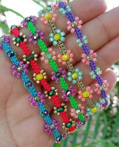 Diy Friendship Bracelets Patterns, Diy Bracelets Easy, Handmade Bracelets, Anklet Jewelry, Bead Jewellery, Jewellery Storage, Jewelery, Kids Jewelry, Jewelry Crafts