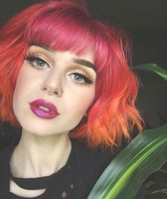 Hey You! #LastMinuteStylist 💥 Explore 17+ Unique Women's Mahogany Red Short Hairstyles #Cool #FollowMe short red hair with highlights short red hairstyles short natural red hair styles pixie cut short red hair styles for black woman short red pixie short red hair pixie short auburn hair short red hair characters