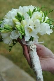 white wedding bouquets - simple bouquet with just freesias.