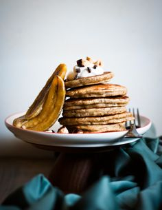 Desserts for Breakfast: Bananas about hazelnut pancakes, for New Year's breakfast