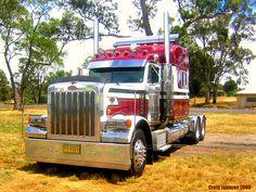 photo by secret squirrel Train Truck, Road Train, Big Rig Trucks, Cool Trucks, Semi Trucks, Peterbilt 379, Peterbilt Trucks, Trailer Storage, Ranger