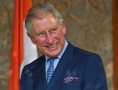 El príncipe Carlos confiesa sus 'enormes ganas' de convertirse en abuelo #realeza #royals #royalty #prince